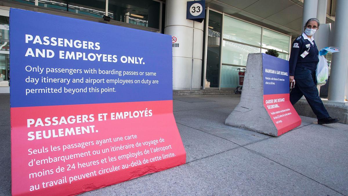 Canada lifts advisory against non-essential international travel