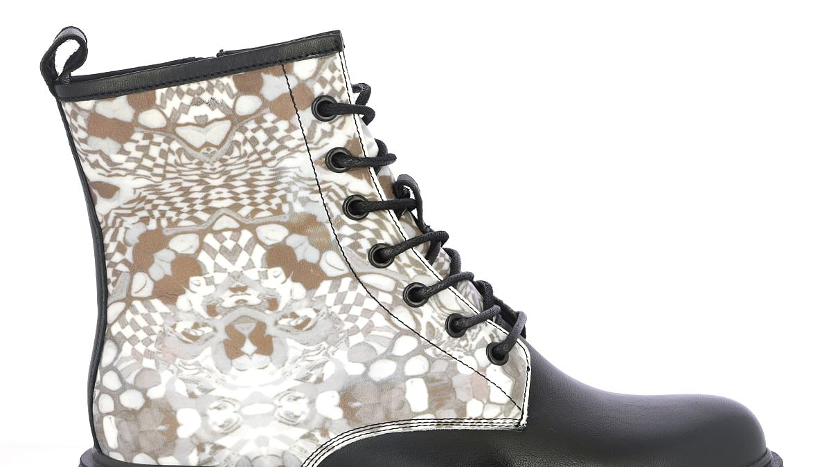 Fashion shoes: Combination of comfort and style is necessary