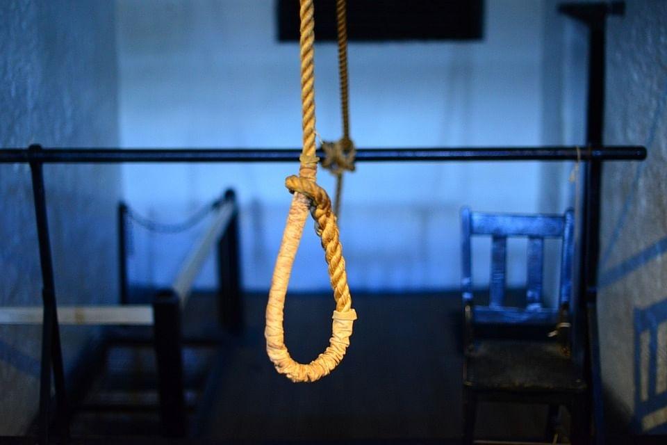 Retired DU professor couple commits suicide