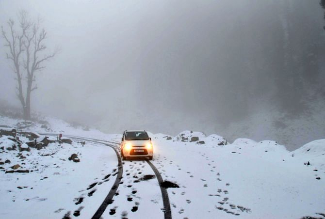 Landslides block Jammu-Srinagar highway; Mughal, Simthan roads closed after first snowfall