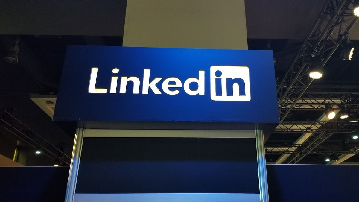 LinkedIn adds new job filters to find remote work