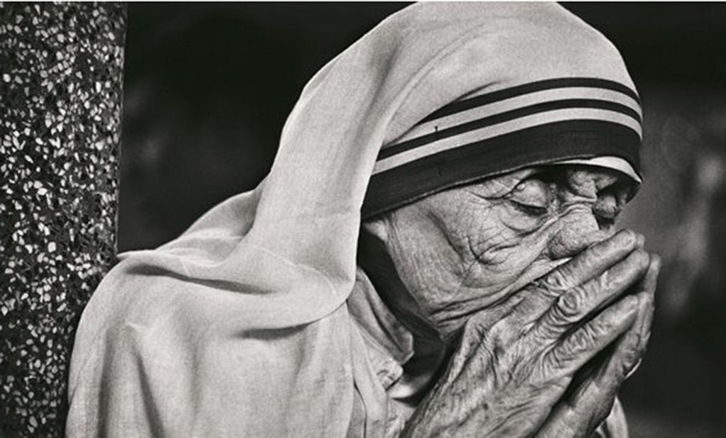 When Raghu Rai Convinced Mother Teresa Of Taking Prayer Pics