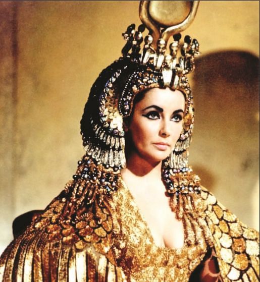 Elizabeth Taylor: Remembering Hollywood's Cleopatra!