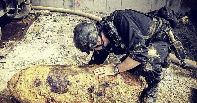 www.nationalheraldindia.com: Accident avoided! Unexploded World War II bomb defused in Hong Kong
