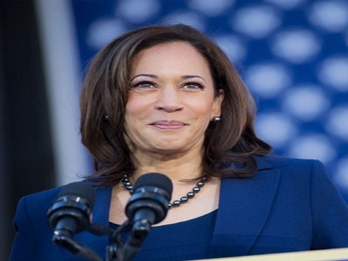 I M Thinking About Her Kamala Harris Thanks Mother In Victory Speech