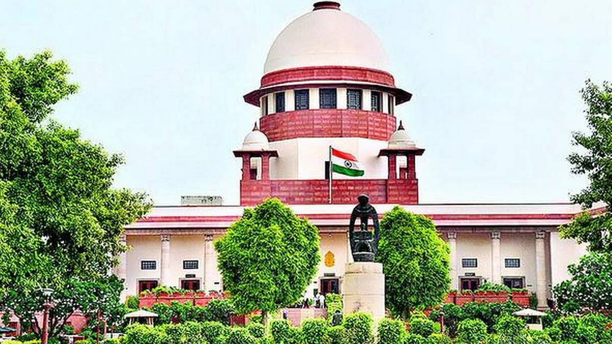 Ensure supply of oxygen to Delhi by midnight, Supreme Court tells Centre