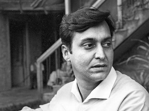 Veteran actor Soumitra Chatterjee passes away at the age of 85