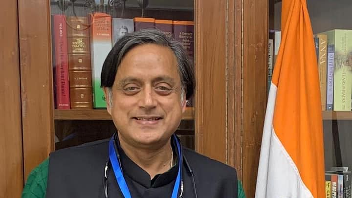 Shashi Tharoor: RSS grew up ridiculing Gandhiji and are now portraying him as Hindu patriot