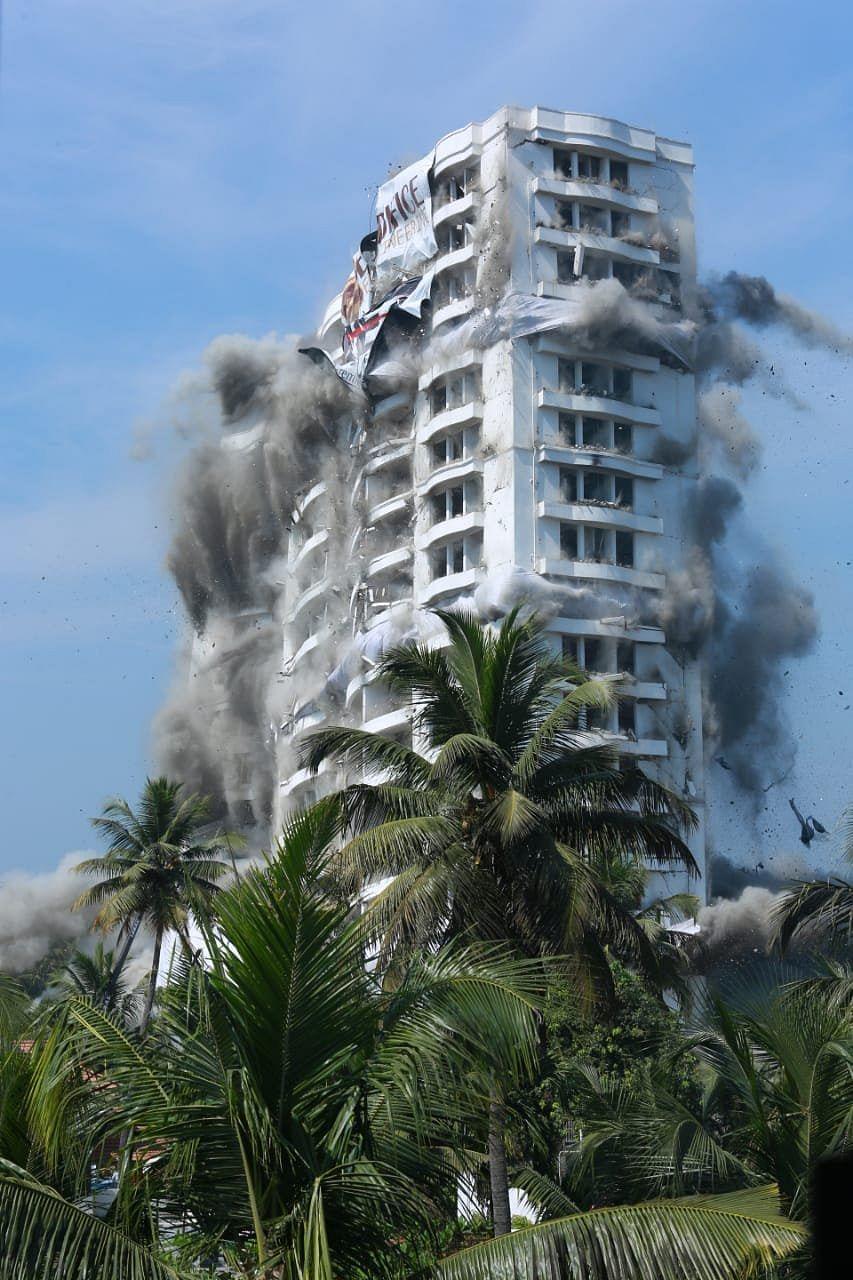 Maradu flat demolition