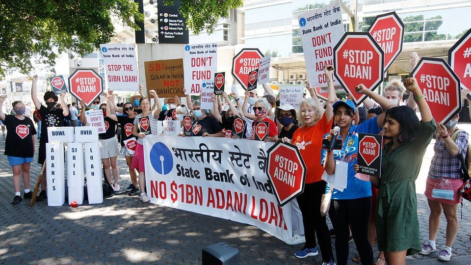 Two #STOPADANI protesters invade Sydney Cricket Ground during first ODI between India and Australia