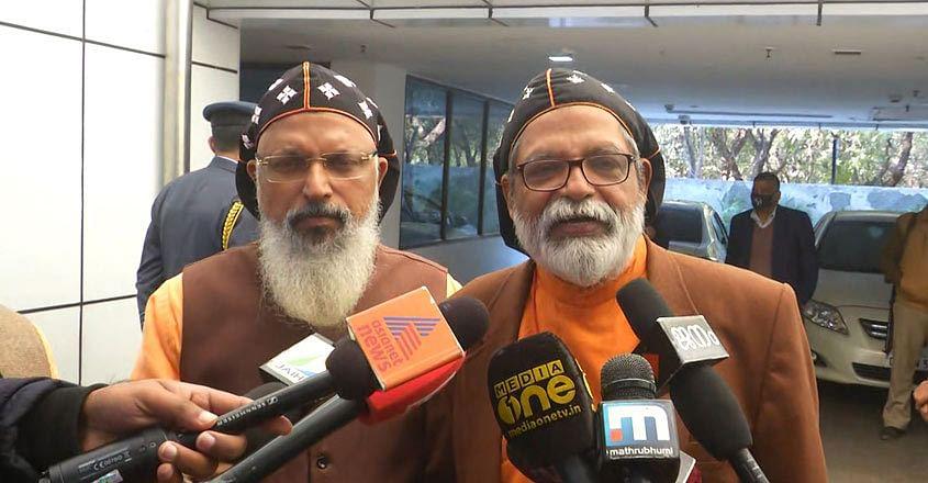 (Left) Bishop Yakoob Mar Irenios and Bishop Geevarghese Mar Yulios