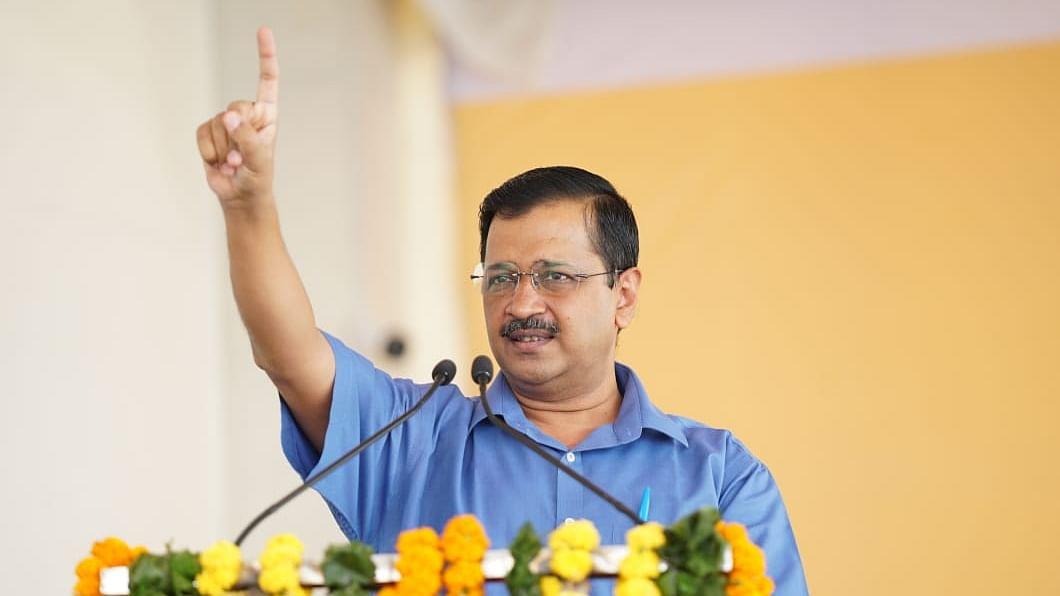 Delhi CM Kejriwal under house arrest-like condition after visiting agitating farmers, alleges AAP