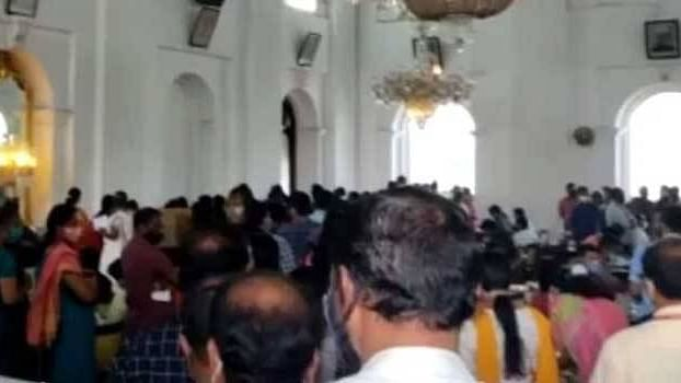 Kerala Secretariat officials flout Covid-19 protocols while conducting canteen elections