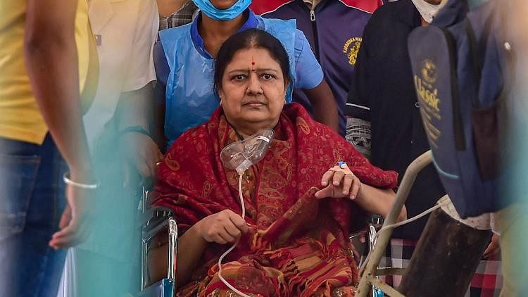 Former AIADMK leader VK Sasikala released from jail after serving 4 years in DA case