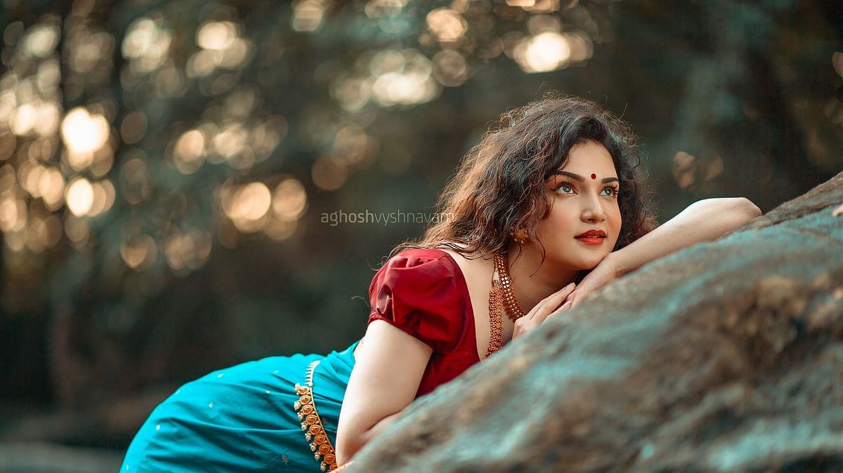 Aghosh Vyshnavam, Honey Rose and her trending 'traditional' makeover