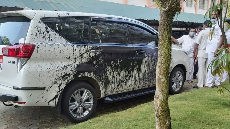 Jessna's disappearance: Kottayam resident defaces Kerala HC judge's car, alleging incompetence