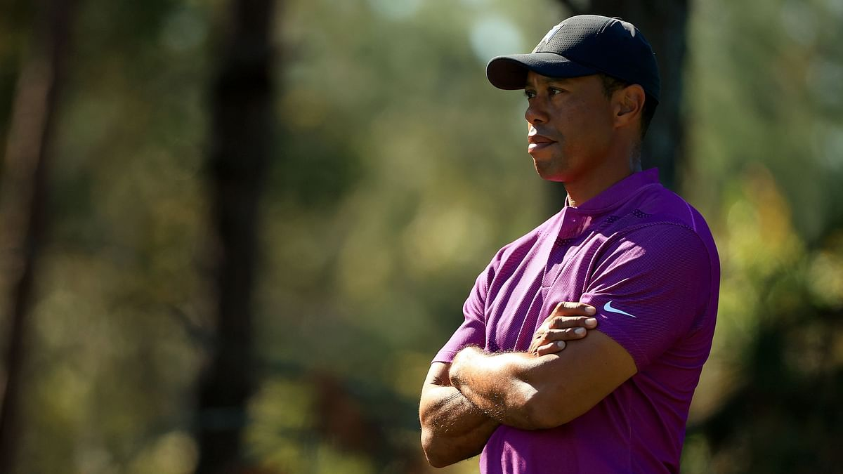 Golfing great Tiger Woods undergoes surgery after major car crash, injuries not life-threatening