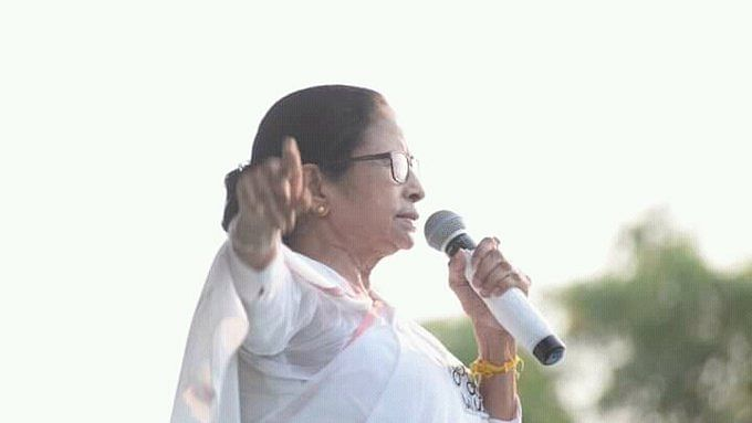 West Bengal Elections: Mamata Banerjee to stop campaigning in Kolkata due to rising Covid-19 cases