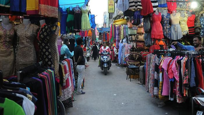 Fine of Rs 500 if your time's up at Nagpur markets