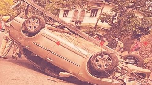 Kerala woman rams car into electric post upon hearing that she is Covid positive