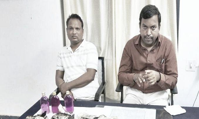 Telangana tahsildar caught in Anti-Corruption Bureau's net; aide burns Rs 5 lakh to evade arrest