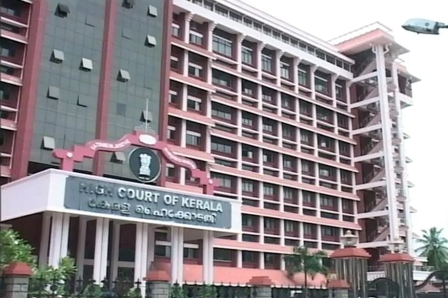 Kerala HC's Draft Code of Conduct: Staff/officer shall not use social media to criticise govt/judges