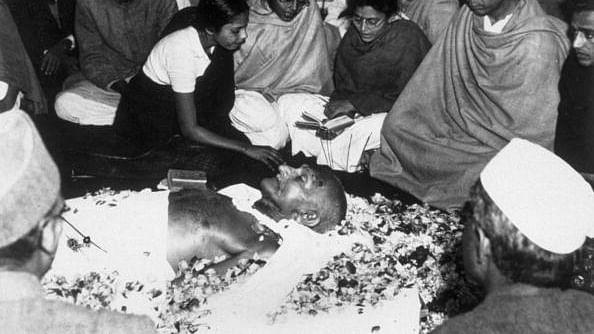 महात्मा गांधी का पार्थिव शरीर/ फोटो: Getty Images