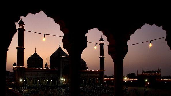दिल्ली जो एक शहर था आलम में इंतिखाब...