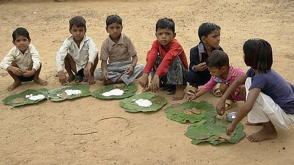 कार्पोरेट के लिए नहीं, भूखों के लिए बनें नीतियां: खाएगा इंडिया, तभी बढ़ेगा इंडिया