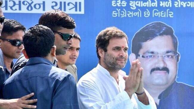 'कांग्रेस आवे छे, नवसर्जन लावे छे' : राहुल की मौजूदगी में कांग्रेस में शामिल होने के बाद अल्पेश ठाकुर का ऐलान