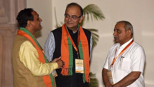 क्या हार्दिक-जिग्नेश-अल्पेश को आतंकवादी कह रहे हैं गुजरात के डिप्टी सीएम?