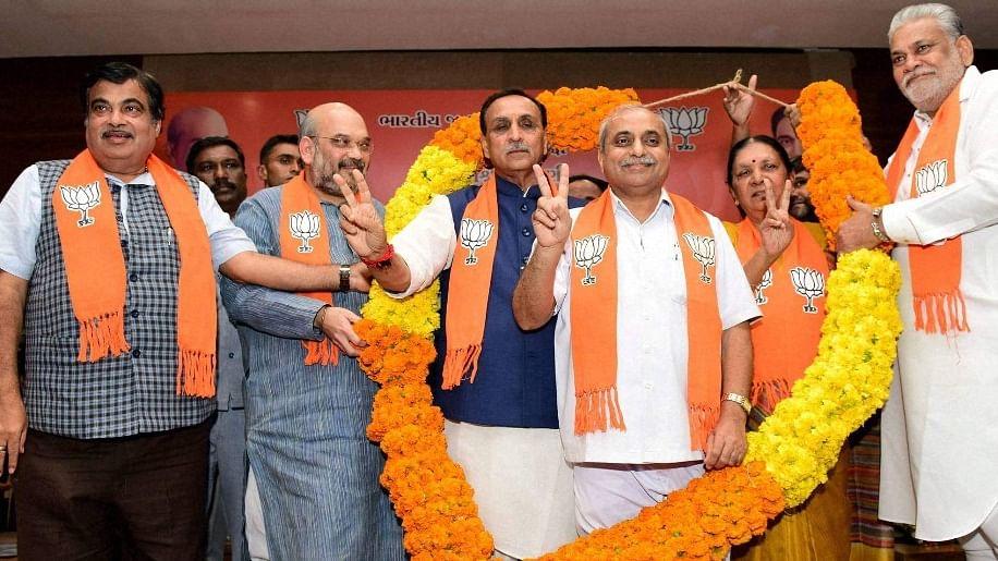 विजय रूपाणी होंगे गुजरात के अगले सीएम, बीजेपी विधायक दल की बैठक में लगी मुहर