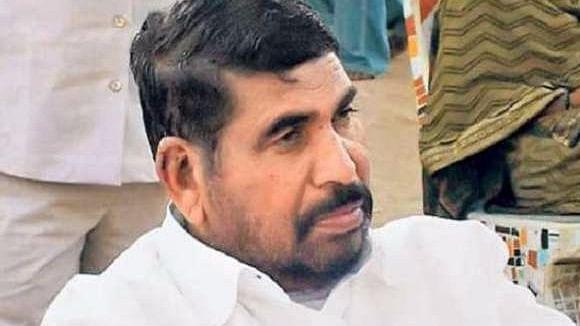 गुजरात में आरक्षित सीटों पर मुश्किल में बीजेपी, वसावा ने कहा, आदिवासी विरोधी हैं संघ-बीजेपी