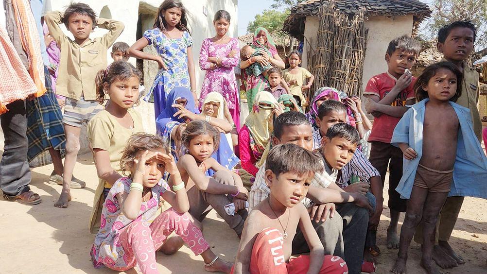 बुंदेलखंड : बीजेपी शासित  यूपी-एमपी में किसानों की खुदकुशी से दहशत में बच्चे