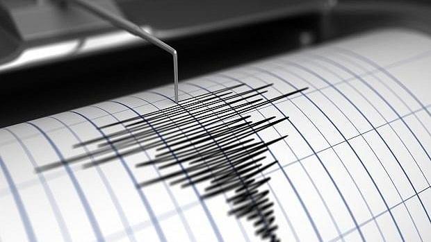भूकंप के तेज झटकों से हिला उत्तर भारत: और इस वक्त की दूसरी बड़ी खबरें, देखें वीडियो