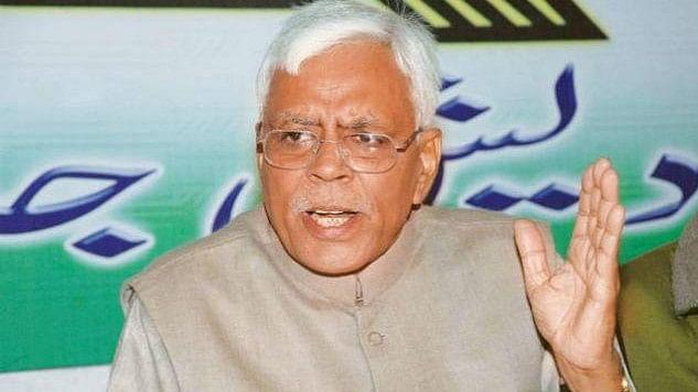 नीतीश कुमार के सहयोगी रहे शिवानंद तिवारी का हमला, 'बिहार में नालायक सरकार'