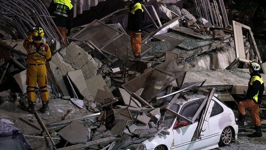 भूकंप के तेज झटकों से हिला ताइवान, कई इमारतें गिरीं, 4 की मौत, कई लोग लापता
