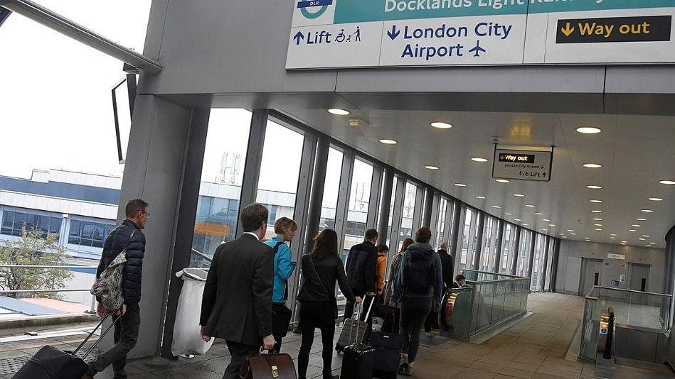 द्वितीय विश्व युद्ध के समय का बम मिलने से हड़कंप, लंदन सिटी हवाईअड्डा बंद