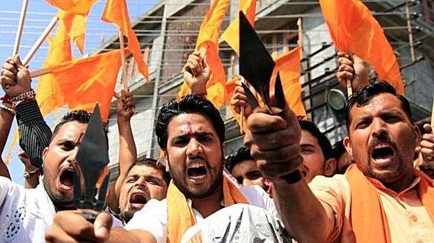 गौरक्षा, मॉब लिंचिंग और धार्मिक कट्टरता से भारत में अधूरा रह गया लोकतंत्र: ग्लोबल डेमोक्रेसी इंडेक्स