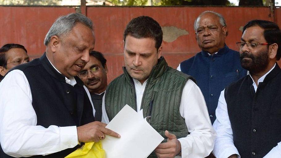 पार्टी कार्यालय में कार्यकर्ताओं से मिले राहुल गांधी, कई मसलों पर की चर्चा