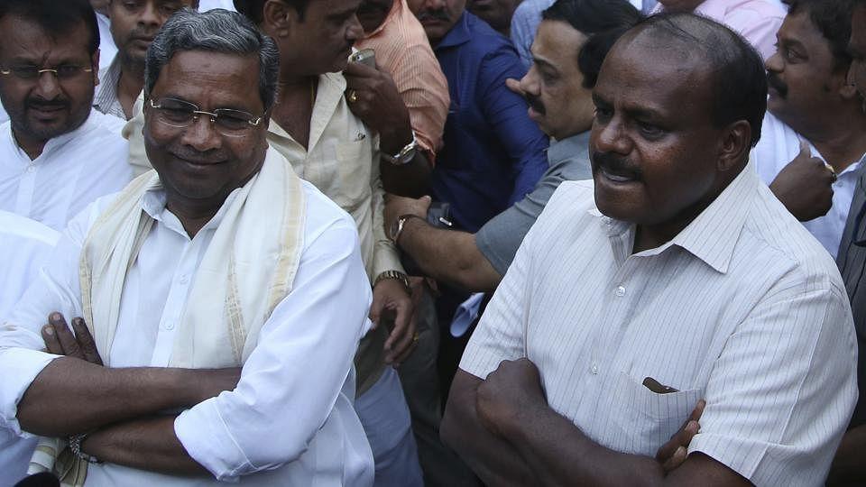 कर्नाटक LIVE: सोमवार को नहीं बुधवार को शपथ लेंगे  कुमारास्वामी, शपथग्रहण में शामिल होंगे राहुल गांधी