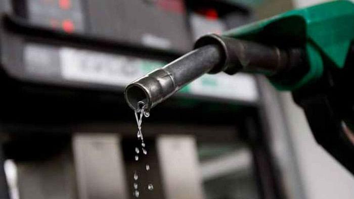 अलीगढ़: अब रुपया-पैसा नहीं, पेट्रोल की हो रही चोरी