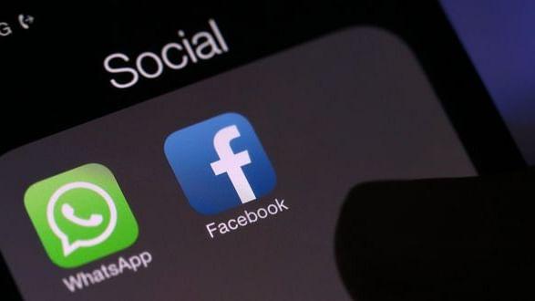 सोशल मीडिया से बिखरता सामाजिक ताना-बाना