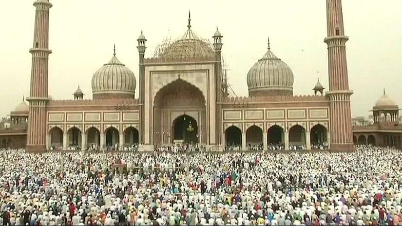 देश भर में ईद की रौनक, राष्ट्रपति, प्रधानमंत्री और कांग्रेस अध्यक्ष ने की समाज में  भाईचारा बढ़ने की कामना