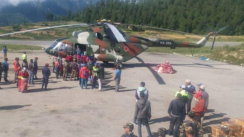 कैलास मानरोवर यात्रा: नेपाल में फंसे  96 तीर्थयात्रियों का बचाया गया,  1229 श्रद्धालु अब भी फंसे