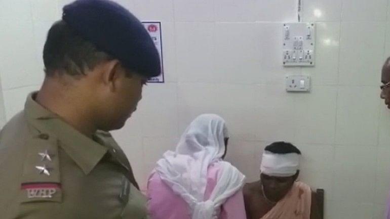 पश्चिम बंगाल: जलपाईगुड़ी में मानसिक रूप से विक्षिप्त महिला को 'बच्चा चोर' समझ कर पीटा