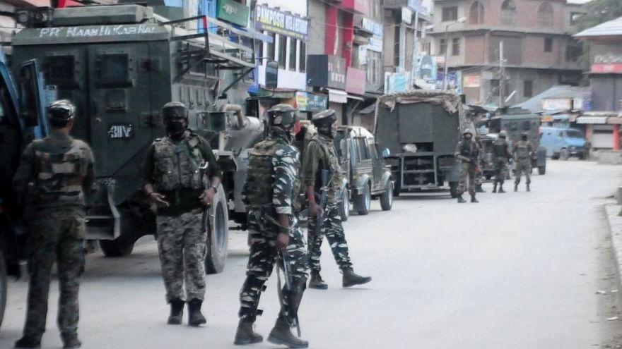 जम्मू-कश्मीर: अनंतनाग मुठभेड़ में सुरक्षाबलों ने 2 आतंकियों को मार गिराया, सर्च ऑपरेशन जारी