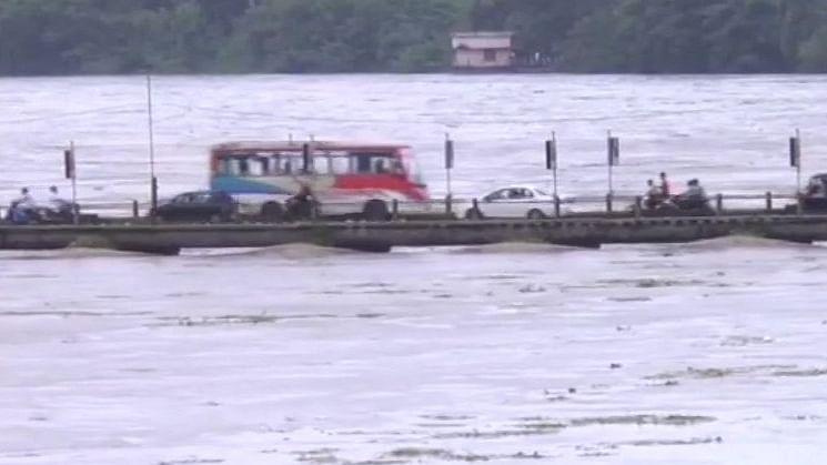 केरल में भारी बारिश का कहर, मरने वालों की संख्या हुई 26, मुन्नार में फंसे 57 विदेशी पर्यटक