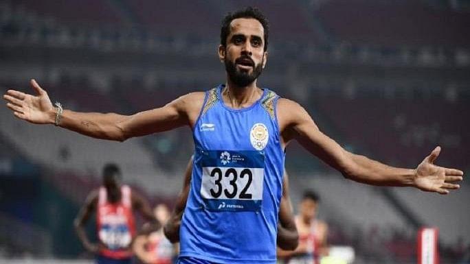 एशियन गेम्स LIVE: मंजीत सिंह ने 800 मीटर में जीता गोल्ड, जॉनसन को सिल्वर मेडल