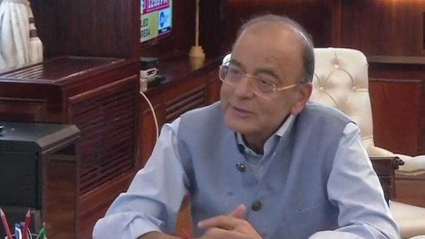 काफी ऊहापोह के बाद  अरुण जेटली ने फिर से संभाला वित्त मंत्रालय का कार्यभार